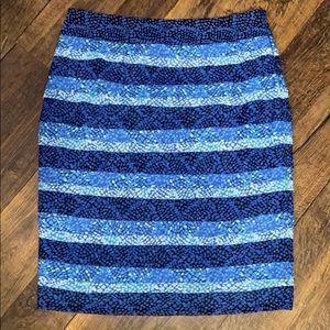 White House Black Market Skirt Sz 00